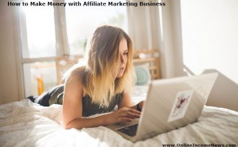woman on bed with computer doing affiliate marketing business